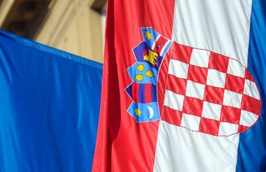 PORAŽAVAJUĆI REZLTATI ANKETE Većina Hrvata protiv zabrane ustaškog pozdrava