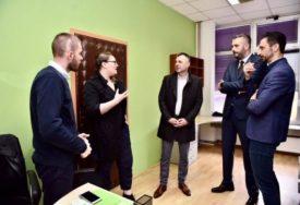 """PODRŠKA POČETNICIMA U BIZNISU Pet """"startap"""" preduzeća dobilo šansu za rad"""