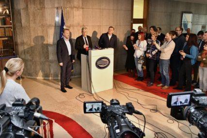 POSLJEDNJA ŠANSA ZA FORMIRANJE VLASTI Parlament domaćin novog sastanka Dodika, Izetbegovića i Čovića