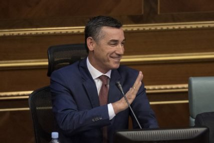 Veselji: Srbiji malo da se uvede taksa i od 1.000 odsto