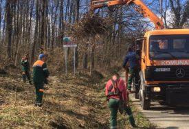 Proljetno uređenje u Laktašima: Volonteri i komunalci čiste parkove i sade zelenilo
