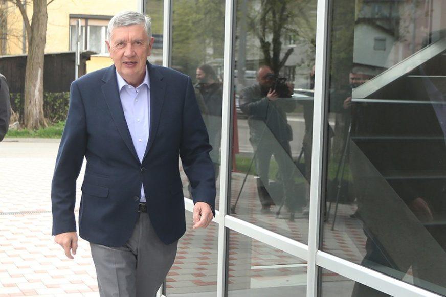 Radmanović: Katastrofalna situacija u vezi sa OBA BiH