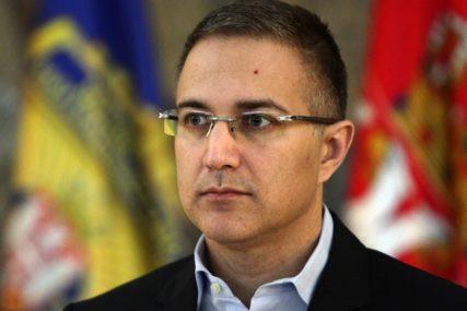 Stefanović: Policija otkrila ko je prijetio Vučiću putem Tvitera