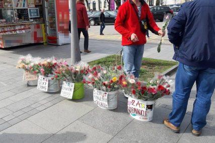POSEBNA PONUDA Mudri prodavac našao način da PREGAZI KONKURENCIJU za Dan žena