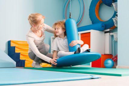 RODITELJI OBRATITE PAŽNJU I djeca često pate od migrene