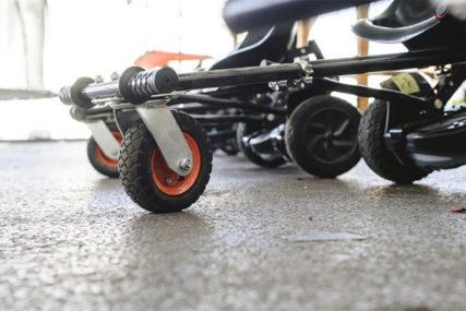 DOKAZ PRAVOG PRIJATELJSTVA Tinejdžer dvije godine štedio kako bi KUPIO DRUGARU električna kolica (FOTO)