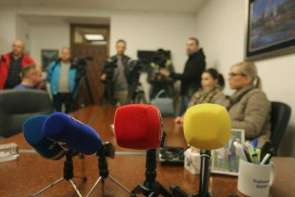 """INICIJATIVA ZA IZMJENU ZAKONA O KLEVETI """"Političar mora da dokaže lošu namjeru novinara"""""""