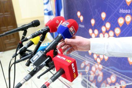 Stišavanje medija PUT KA JEDNOUMLJU: Koliko politika utiče na slobodu govora u BiH