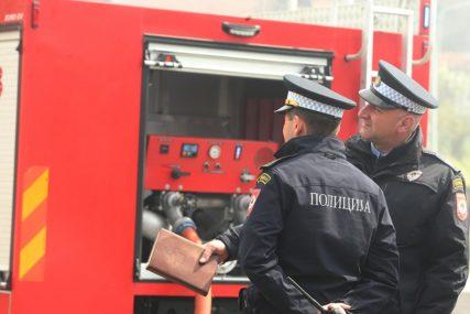 """BUKTINJA U TREBINJU Gorio """"audi"""", intervenisali vatrogasci"""