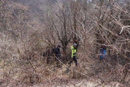 NA TERENU PSI I DRONOVI Nastavljena potraga za NESTALIM MLADIĆEM kod Travnika