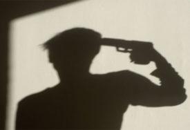 STRAVIČNO! Ubio čovjeka, a dan kasnije iz istog pištolja PRESUDIO SEBI