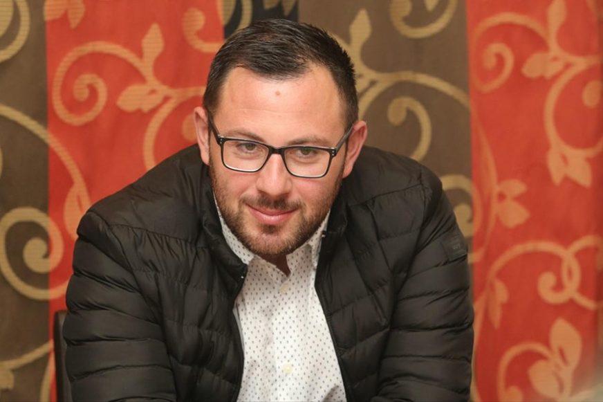Nakon inicijative za BESPLATNE UDŽBENIKE: Duško Tadić najavio još jednu AKCIJU ZA OSNOVCE
