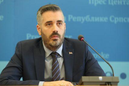 REAGOVALI RAJČEVIĆ I BURSAĆEVA Na Inckovo nametanje kolektivne odgovornosti Srbima SNSD za sada uzdržan
