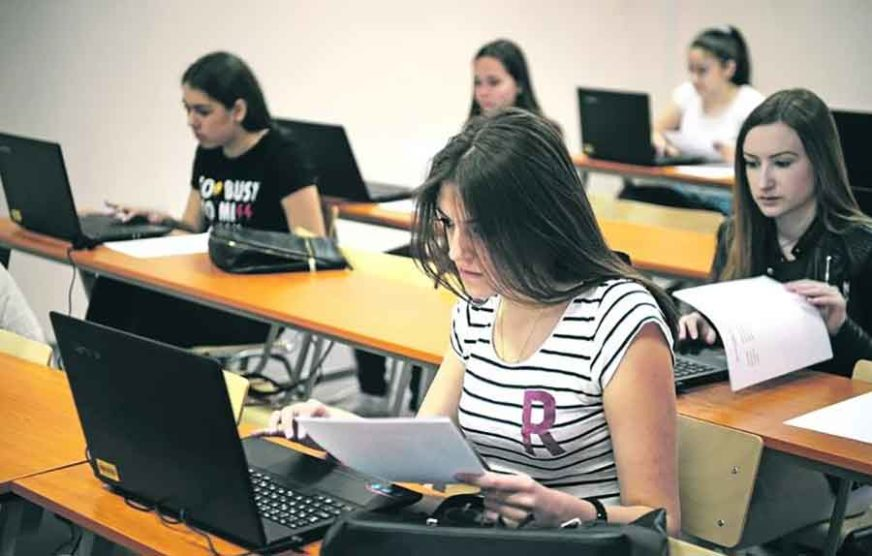 ZANIMANJA BIRATI JOŠ U OSNOVNOJ ŠKOLI I djeca sve više misle gdje će raditi poslije škole