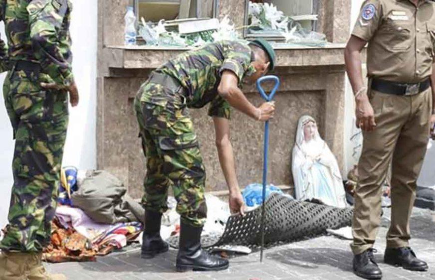 NAKON TERORISTIČKOG NAPADA Policija u Šri Lanki traga za osobama povezanim sa Islamskom državom