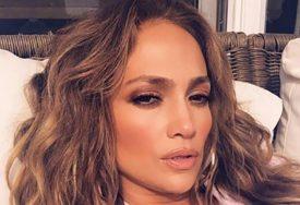 NAKON PROMOCIJE NAGIM SNIMCIMA Dženifer Lopez obradovala fanove novom pjesmom (VIDEO)