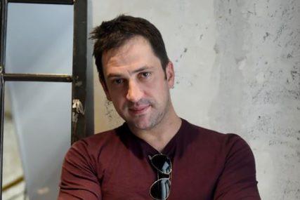 Goran Bogdan pozirao potpuno go: Objavom na instagramu glumac obradovao obožavateljke (FOTO)