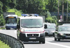 STRAVIČNA NESREĆA Žena preminula u kolima Hitne pomoći kod Svrljiga, intervenisali i vatrogasci