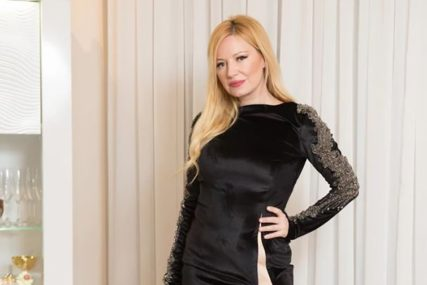 """""""ODLUKU NISAM DONIJELA PREKO NOĆI"""" Pjevačica imala traumatičan krah braka"""