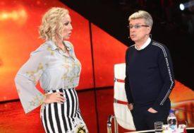 PJEVAČICA NEĆE DA RIZIKUJE Lepa Brena izbacila iz kuće Sašu Popovića, on NIJE MOGAO DA VJERUJE