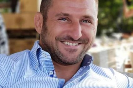 Maksimović stigao iz kućnog pritvora: Odloženo suđenje najpoznatijem estradnom makrou