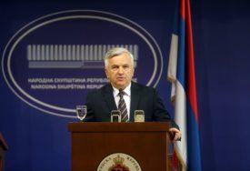 """""""NEDEMOKRATSKI"""" Čubrilović smatra da je nedopustivo dalje odgađanje izbora"""