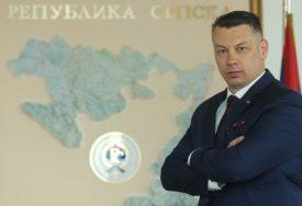 Nenad Nešić, lider DNS, za SRPSKAINFO: Ponovićemo naš IZBORNI REZULTAT od prije dvije godine