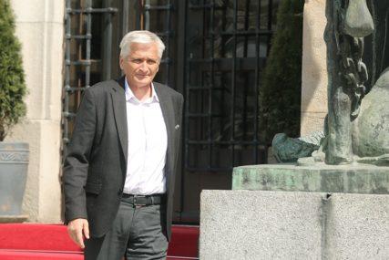 NEPOTREBNO DIZANJE TENZIJA Špirić: Investitore ne tjerati iz BiH
