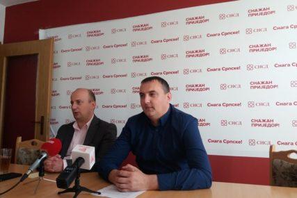 """""""SPINOVI RUKOVODSTVA DNS NISU U REDU"""" Prijedorski SNSD odgovorio gradonačelniku Đakoviću"""