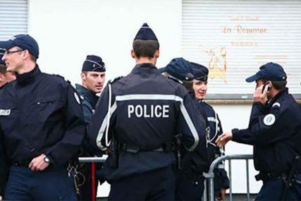 UBIO DVOJE LJUDI Francuska policija LIKVIDIRALA muškarca koji je nožem napadao prolaznike (VIDEO)