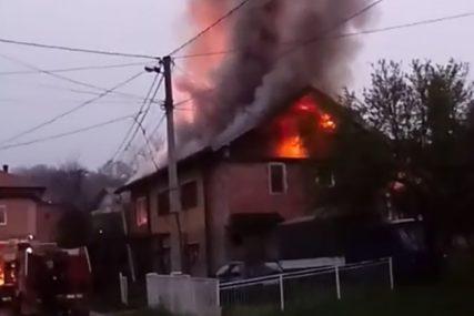 VATRENA STIHIJA Gorjela porodična kuća, vatrogasci spriječili KATASTROFU