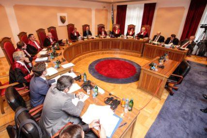 """SRPSKAINFO U POSJEDU PRIJEDLOGA ZAKONA """"Mogu da nam sude samo sudije državljani BiH"""""""