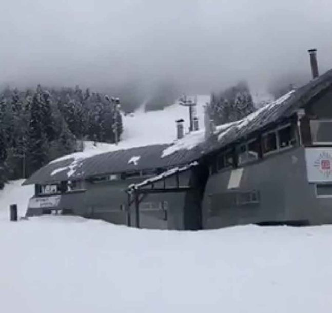 ZIMA SE VRATILA Na Bjelašnici snijeg napadao DO KOLJENA, zabijelili i drugi krajevi BiH (VIDEO)