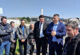 """""""OPASNA RASKRSNICA PRIORITET"""" Nešić i Radović razgovarali sa mještanima Ramića i Dragočaja"""
