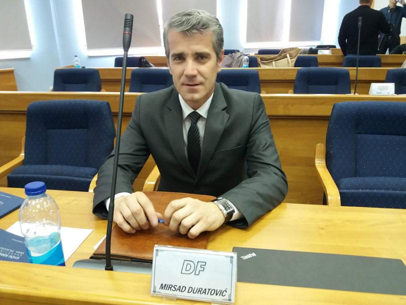 PODRŽALO IH 20 ODBORNIKA, Duratović novi predsjednik Skupštine, Kovačević zamjenik gradonačelnika Prijedora