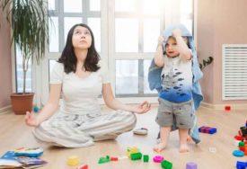 LOGOPEDI UPOZORAVAJU Djeca danas počinju da pričaju tek sa četiri godine, a OVO su glavni krivci