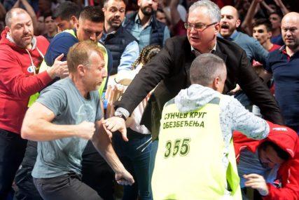 TUČA PRIJE POČETKA MEČA Milan Kalinić optužen za nasilničko ponašanje na utakmici