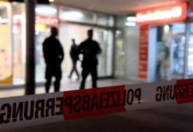 POMAHNITALI NAPADAČ Državljanin BiH palicom napao bivšu ženu i njenog partnera, pa potegao NOŽ