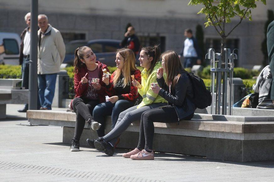 SUTRA SUNČANO I TOPLO Nakon svježeg vikenda porast temperature