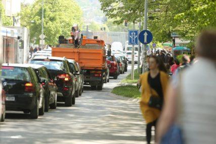 Kako preživjeti GUŽVE U BANJALUCI: Krkljanac na ulicama, za pet godina registrovano 24 odsto više vozila