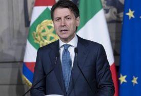 NOVE TURBULENCIJE U ITALIJI Konte otkazao učešće na forumu u Davosu