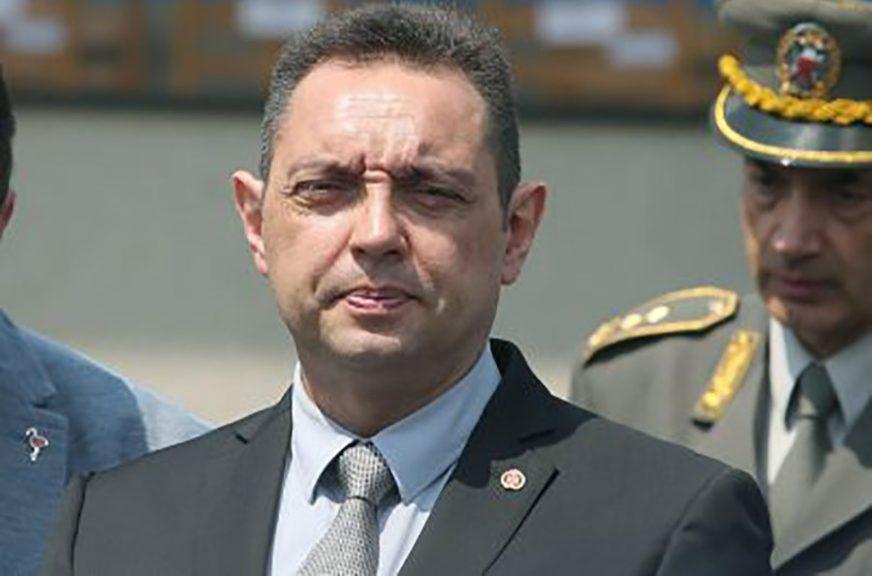 """VULIN PORUČUJE """"Priština želi da ubaci svoju policiju u patrole Vojske Srbije"""""""