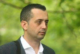 IZ NAČELNIČKE FOTELJE U ODBORNIČKU KLUPU Dragan Banjac: Izabrani moraju ostati vjerni partiji