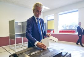 """TEŽAK PORAZ DESNIČARA Protivnici """"islamizacije Holandije"""" izgubili sva mjesta u EP"""