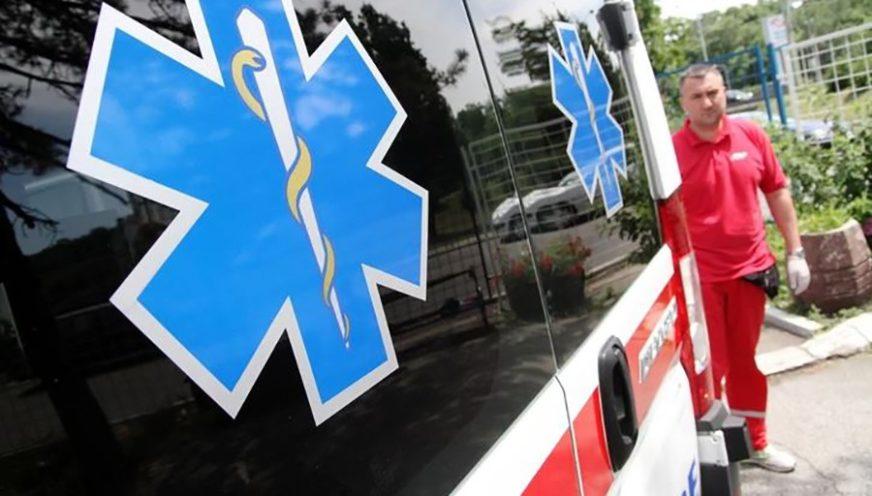 """SAOBRAĆAJKA KOD DERVENTE Sudar dva """"audija"""", teško povrijeđen jedan vozač"""