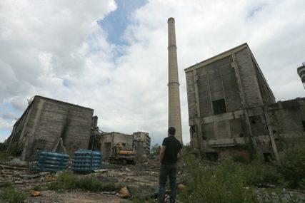 Šta se krije u devastiranim fabrikama: Hlor u Tuzli, piralen u Banjaluci