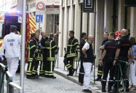 HAPŠENJE ZBOG TERORISTIČKOG NAPADA Tri osobe privedene u Lionu, niko nije preuzeo odgovornost