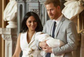 OVO JE MALO KO ZNAO Rodni list malog Arčija OTKRIO što su po zanimanju Hari i Megan