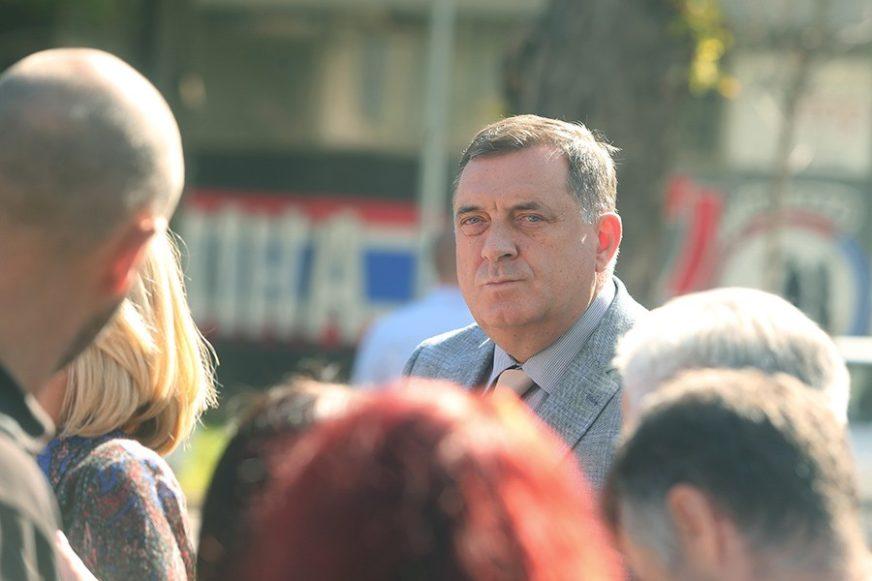"""""""KOSOVO OSTAJE NEPRIZNATO"""" Dodik tvrdi da Tači nije pozvan kao predsjednik već kao Priština"""