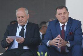 INCKA U SMJENI DODIKA KOČI JEDNA STVAR Vraća li se vrijeme bonskih ovlaštenja u BiH